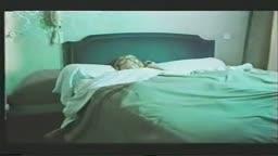 Pai fodeu filha dormindo