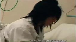 Enfermeira dormindo sendo fodida pelo o paciente