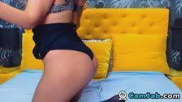Sexy Big Tits Babe Masturbating on Cam