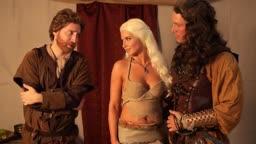 Game of thrones com Daenerys Targaryen fodendo