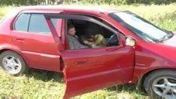 18 anos fazendo festinha no carro chupando