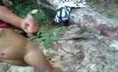 Suruba no mato em Codo-MA com loira puta chupando uma pica