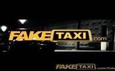 Turista canadense puta fodida pelo o taxista