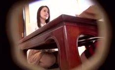 Japonês vende sua mulher por prazer pra ser fodida