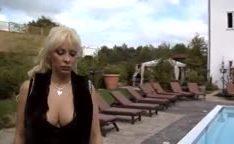 Loiras peitudas gostosa lambendo suas bucetas lesbicas