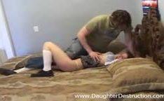 Novinhas que vai trepar a força com o carinha que pega ela sem ela querer
