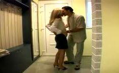 Sexo no motel com loira madura gostosa puta