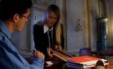 Barbara Neri e Laura Lion fodidas na escola de garotas