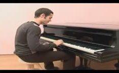 Professor de piano forçando russa gostosa novinha