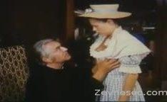 Novinha fodendo com padre tarado