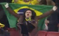 Casal viu o jogo do Brasil no maracana e depois o corno filma amigo comendo namorada