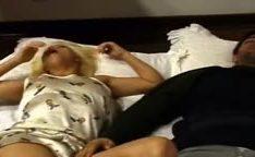 Mayra vira uma puta safada fodendo com irmao do namorado