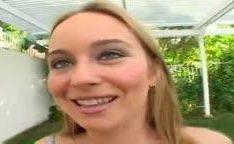18 anos e tarada por pau preto grande vagina