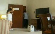 Safada dando mole pra limpador de motel