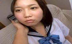 Virgem estudande japonesa