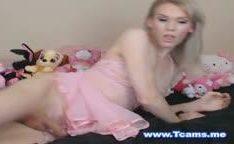 Minha vizinha transsexual loira gostosa na webcam