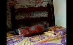 Moreninha batendo siririca no quarto – XHAMSTERANAL.COM