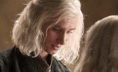 Emilia Clarke de Games of Thrones estuprada pelo o marido