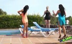 Garotas brasileiras faz putaria na piscina