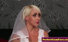 A noiva meteu gostoso na sua buceta apertadinha